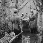 """mashable: """"The vast dark forest was my giant darkroom."""" Rare photos from the Vietnam War: https://t.co/QaCeL0xevz https://t.co/XmsKxKSSCI…"""