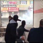 Турецкие активисты призывают власти остановить кровопролитие в Джизре (ВИДЕО) https://t.co/t5TF2xU7fJ https://t.co/iHAUMO1aME