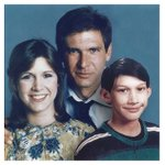 mashable: Han Solo, Princess Leia and Kylo Rens Star Wars awkward family photo https://t.co/QGTuIypUFj https://t.co/8ZI7WFLR5w #SEO