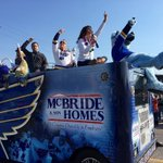 Happy #MardiGras, St. Louis! @HOFBlues16 served as Grand Marshal at this mornings parade. #MardiGras2016 https://t.co/b95IGuph7C