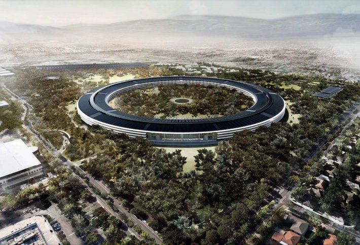"""Apple is building """"the best office building in the world."""" Here's what it looks like now. https://t.co/FA3oiNax0i https://t.co/nwNazucxmX"""