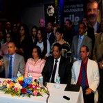 """""""La Maquinaria"""" renuncia del PRM y anuncia apoyo a Danilo Medina #RecorridoDaniloEnElSur2016 https://t.co/rlqcyGGjci"""
