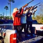 Watch out ISIS for this triple threat #ChicksWithGuns https://t.co/i1kkqyyDax