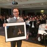 Fotoprisen til Kristian Jacobsen @StvAftenblad! #Pressefesten https://t.co/g8U5STDp3C https://t.co/UI1OrvlGX3