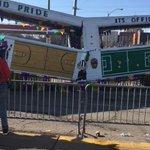 Ever party so hard at Mardi Gras that your float breaks? https://t.co/VZUnB1AvMw
