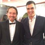 .@Pablo_Iglesias_ y @sanchezcastejon juntos en los #Goya2016 https://t.co/6sPRhuzp0H