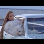 "Watch Beyoncés video for her surprise new single ""Formation"" https://t.co/6C4Ig7wQ7C https://t.co/G9EnA5QwxE"