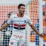 Jonathan Calleri pelo São Paulo: 2 jogos (123 minutos em campo) 3 gols 1 assistência https://t.co/xIEW5DTkQx