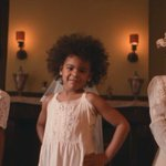 """""""I like my baby hair, with baby hair and afros."""" #Formation https://t.co/21Uhy5UfgZ https://t.co/6ll2GBzboe"""