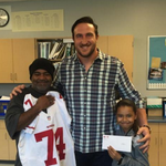 49ers' Joe Staley surprises single father with Super Bowl tickets https://t.co/F0IfYm6djf https://t.co/hZgZssOVcR
