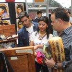 Compartiendo con jóvenes emprendedores sampedranos G&R calcetines y demás en seres en El Olbligo Nocivo #SPS https://t.co/kcLtdHNAyV