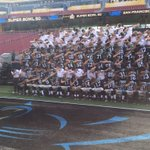 Panthers team photo for the win! (via @NFL2Ucla) https://t.co/8gaOmy6yjL