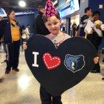 Austin says Happy Birthday Grizz! #allheart #grizzbday #MEMvDAL #lebonheurchildrens @memgrizz https://t.co/SL7K5SCPZx