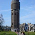Bij de Watertoren ligt een #Fietspad, brommen en snorren is hier niet toegestaan!! #voorkomboete https://t.co/hXa16jL3Uf