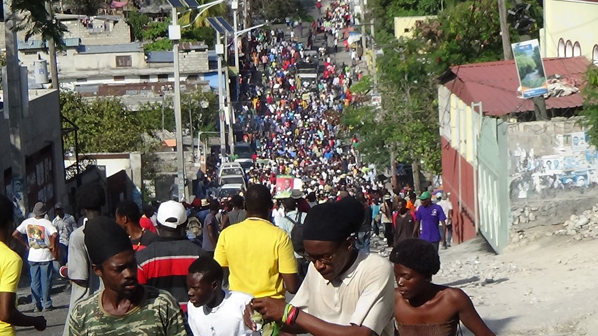 #Haiti: Massive protests demanding investigation of election fraud continue. Feb 7 expected to be largest yet. https://t.co/SmFlTvAd8h