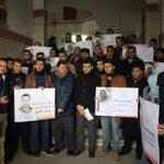 صحفيو رفح ينظمون وقفة تضامنية مع الاسير الصحفي محمد القيق المضرب عن الطعام من أكثر من 70 يوماً. #الحرية_لمحمد_القيق https://t.co/nKFM3lZs42