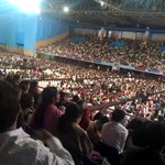 """Huge gathering attended the """"Pearls of Wisdom"""" event & meditated together in Pune. https://t.co/kwd5i7168T"""
