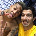 Vamossssss 3 puntos más!!!!! Muy bien todo el equipo 😃😃😃 @neymarjr https://t.co/0N17s7eY6J