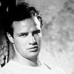 Marlon Brando y otros famosos que rechazaron la estatuilla del Óscar https://t.co/bCKPM0i9PK https://t.co/ry5hkdu3Yn