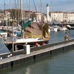 #decathlon lance son premier bateau 2s à #LaRochelle https://t.co/S4Y6qyDhxP