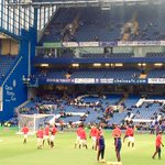 Warming up at Chelsea. Just 30 minutes until kick-off. #mufc https://t.co/G7WeeoFeaE
