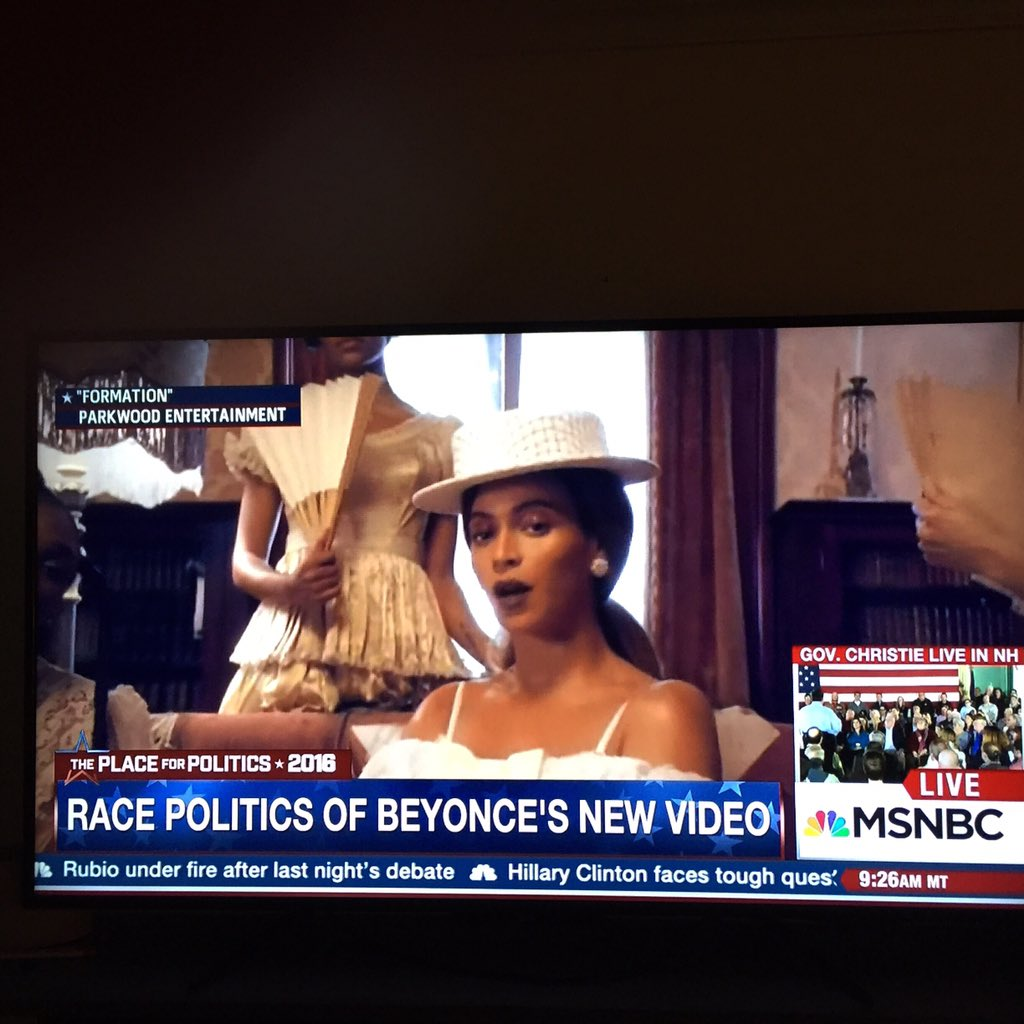 #Priorities: Beyoncé center. Christie bottom right. #Formation #nerdland https://t.co/yDYyKspYpx