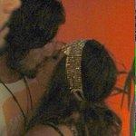 #Carnaval2016 Giovanna Lancellotti é flagrada aos beijos, no Rio, com seu novo affair Lucas Ewbank https://t.co/kAKoYixmif