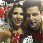 #Carnaval2016 O casal Ana Paula Minerato e Thiago Servo aproveitam juntinhos o Camarote Bar Brahma, em São Paulo. https://t.co/otKShJAEAY
