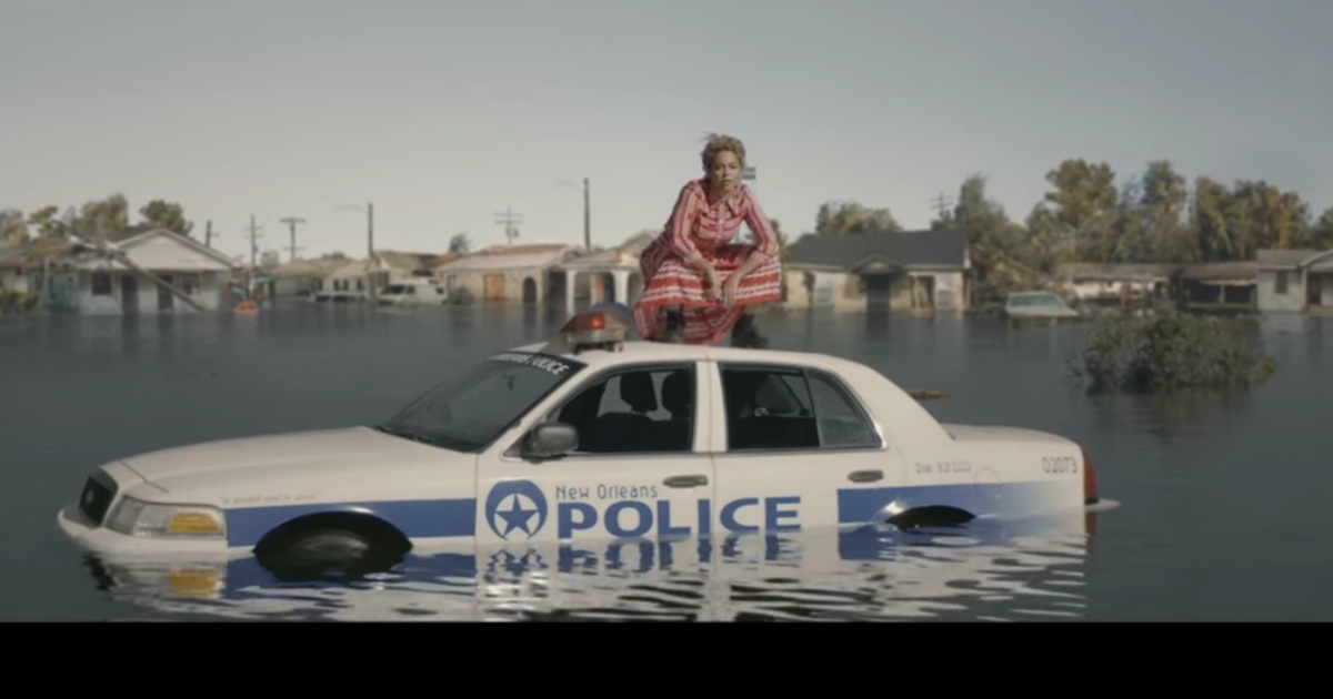 "Beyonce's ""Formation"" is one of the most important songs and videos of the decade https://t.co/q9buMqeNse https://t.co/g8NFPSoJHi"