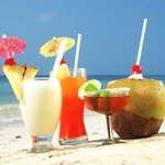 3 tragos perfectos para preparar en la playa este #Carnaval2016 https://t.co/bjKc5s5wrC https://t.co/UDwxISIaZw