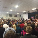 The crowds keep coming for @marcorubio. Fire marshal capped Bedford town hall at 700! https://t.co/XxVUOc5MmS