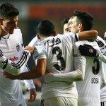 Beşiktaş:4 Gaziantepspor:0 (MAÇ SONUCU)  Goller: Gökhan (Dk.38), Oğuzhan (Dk.42), Gomez (Dk.61, 70) https://t.co/4R3u645I0j