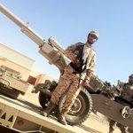 """#صنعاء استشهاد الجندي حمزة القماسي المعروف ب """" بطل الاقتحامات """" بعد اقتحامه عدة مواقع للحوثيين في معارك نهم . https://t.co/RBlhCRLCkF"""