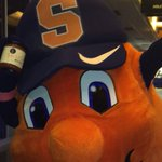 #SalsaCuse at the @CarrierDome44! @TheOttoOrange #Syracuse #OrangeNation https://t.co/zzI8MQaSWH