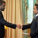 When the clock strikes midnight #Maldives police arrests fmr PG,Muhthaz.Last night it was Sheikh Imran.@JamesDauris https://t.co/W0Pklo560B