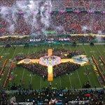 Espetáculo! #TudoPeloSuperBowl50 #SuperBowl50NoCinema https://t.co/djUxBnQ8Vr