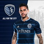 Hey @SportingKC, I need that new jersey in a large. Very ???? https://t.co/RvUJxbjLOS
