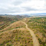 What a cool pic from a drone camera over Razorback Lookout, Flinders Ranges #SouthAustralia (BornFreePhotography/FB) https://t.co/qxnayBEKuB