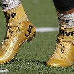 Cam Newtons gold MVP cleats are ???????? https://t.co/zauwZSQdPs #SB50 https://t.co/tneleHxJQM