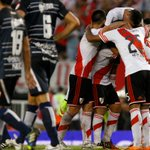 Oficial: #River - Quilmes se pasó para este lunes desde las 19 https://t.co/RPEl6ip4PR https://t.co/9tTOHf17Yr