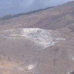 MBCニュース えびの高原の硫黄山周辺で7日夜、火山性微動が観測されました。気象台は火山活動がやや高まっているとして規模の小さな噴出現象に注意を呼びかけています #kagoshima https://t.co/EE9DK3QYOb https://t.co/DVwCDDYnYY