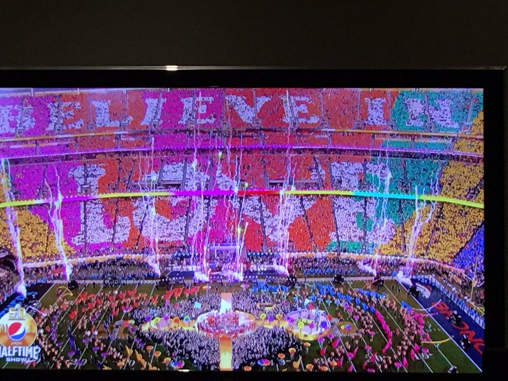 Amen! #HalftimeShow #Believeinlove #SB50 https://t.co/3nQqfhO0TG