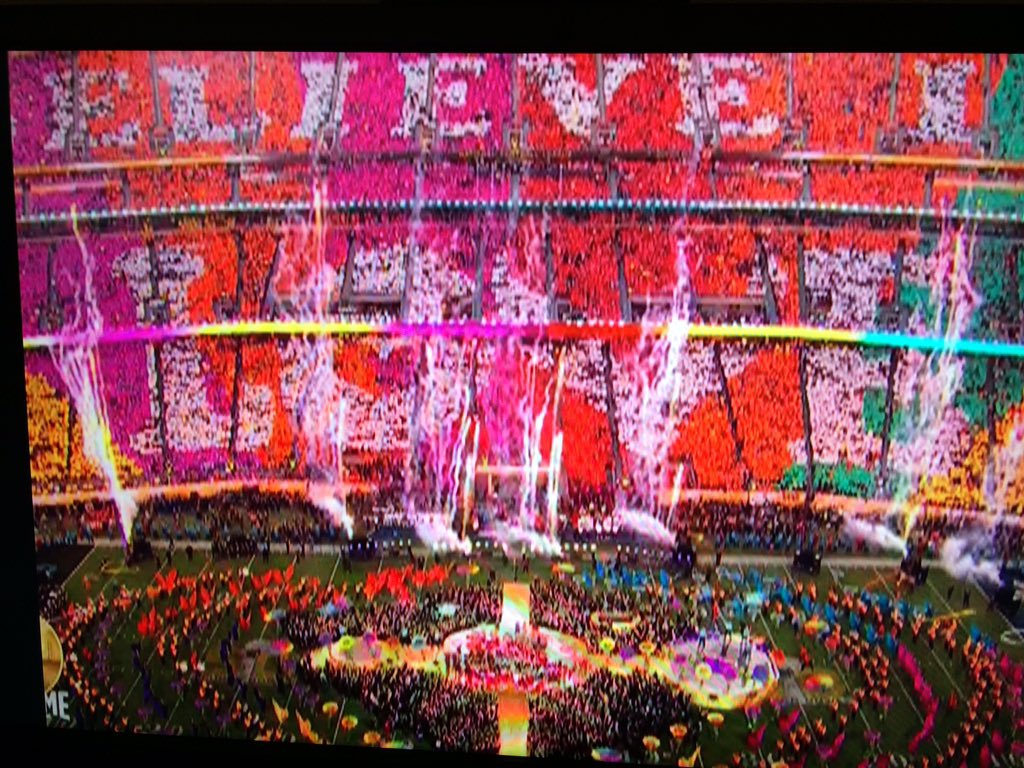 The @nfl cameras made me feel like I was watching a music video. #SB50 halftime just beautiful! #believeinlove https://t.co/jw1DRjjqCQ