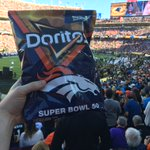 RT if you think the #Broncos are going to win #SB50! Make your #Doritos bold predictions now! https://t.co/SH2PZgkBJI