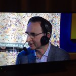 Martin ONeill and Roy Keane are at the Super Bowl #SB50 https://t.co/QonypzIVGj