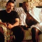 Robert DeNiro & Samuel L. Jackson  JACKIE BROWN, 1997 #couchbuddies https://t.co/J9ArUKZWus