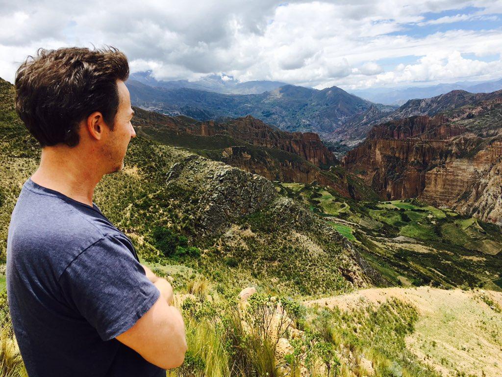 Todos amigos en Bolivia, Muchas gracias por la bienvenida. Loved Valle de Animas & Pacena Black, my new favorite https://t.co/I0jK7JufQc