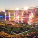 【第50回 #スーパーボウル 】 50周年という節目を飾るにふさわしい圧巻のハーフタイムショーが終了!見逃した人は今夜再放送がありますのでぜひご覧ください! 今夜2/8 23時~ NHK BS1 @NFL #SB50 https://t.co/1Jov3xsrMH