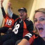 Say what?!? Touchdown Broncos!! And the 2-point conversion?!? Goin out on top!! #SB50 https://t.co/N45BxqyVdY