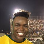 Pelé da #GrandeRio torce pro São Paulo. https://t.co/j8qxFTg3Or #Globeleza #G1 https://t.co/AZTZjCOHqj